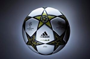 Balones-de-fútbol-–-Balón-Adidas-UEFA-Champions-League-Final